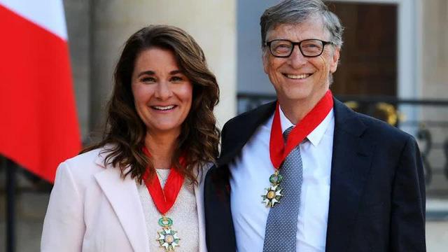 Cuộc hôn nhân 27 năm của vợ chồng tỷ phú Bill Gates qua những bức ảnh - Ảnh 9.