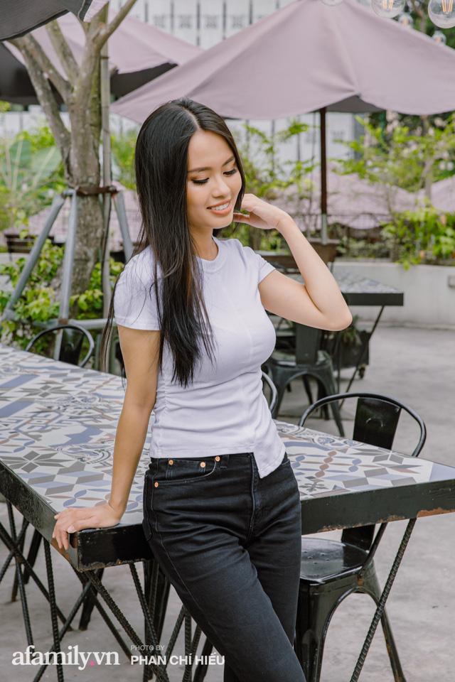 Hồng Quyên - nữ MC bỏ việc đạp xe xuyên Việt và Đông Nam Á kể chuyện mỗi ngày xin cơm ăn, tìm chỗ ngủ và cách vượt qua trăm ngàn nỗi sợ kiểu phụ nữ - Ảnh 17.
