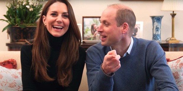 Vợ chồng Công nương Kate ra mắt kênh YouTube riêng, mở đầu clip giới thiệu bằng câu nói ám chỉ đến nhà Meghan - Ảnh 2.