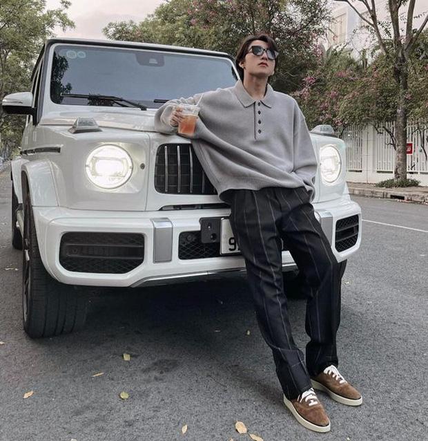 Dàn cầu thủ, nghệ sĩ 9X Việt sở hữu siêu xe tiền tỷ khi tuổi còn rất trẻ: Người sở hữu cả bộ sưu tập xế tới 21 tỷ, người chi cả chục tỷ đồng cho một chiếc xe ưng ý  - Ảnh 1.