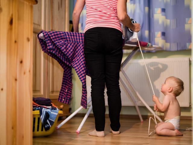 7 mối nguy hiểm tiềm tàng trong nhà, không cẩn thận sẽ khiến trẻ bị thương nghiêm trọng  - Ảnh 6.
