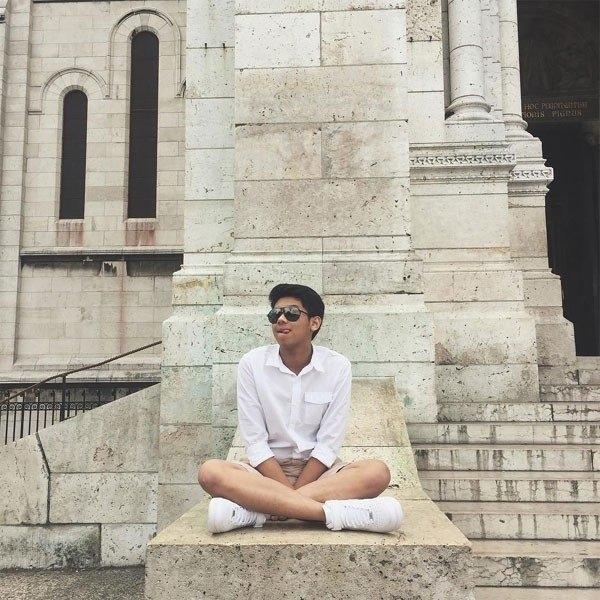 Hiếu Nguyễn - thiếu gia nghìn tỷ của gia đình Johnathan Hạnh Nguyễn: Từng thử sức làm nhân viên bán hàng tại công ty bố, kín đáo đời tư và cuộc sống sang chảnh như ông hoàng - Ảnh 4.