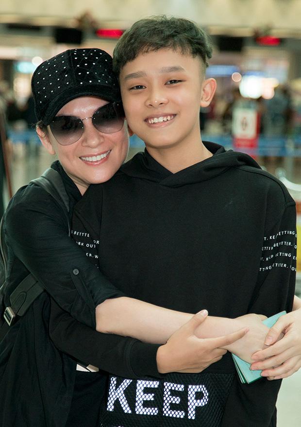 Giữa biến, MXH rầm rộ clip con gái nuôi nói với Phi Nhung: Mẹ bắt anh Cường đi hát với mẹ, mẹ có trả tiền đâu - Ảnh 2.