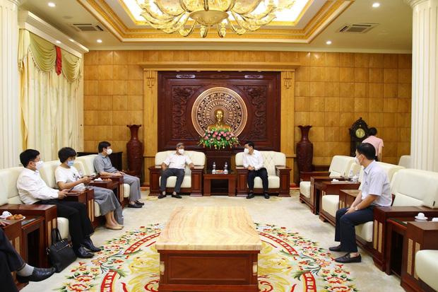 Chủ tịch Bắc Giang: Giai đoạn chống dịch khó khăn nhất, vất vả nhất đã qua - Ảnh 1.
