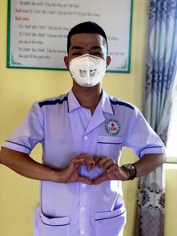 Nam sinh 2k2 cạo đầu từ Quảng Nam ra Bắc Giang tham gia chống dịch: Mỗi lần gọi về nhà chẳng dám nói chuyện quá 1 phút vì sợ mẹ khóc - Ảnh 3.