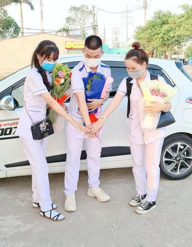 Nam sinh 2k2 cạo đầu từ Quảng Nam ra Bắc Giang tham gia chống dịch: Mỗi lần gọi về nhà chẳng dám nói chuyện quá 1 phút vì sợ mẹ khóc - Ảnh 4.