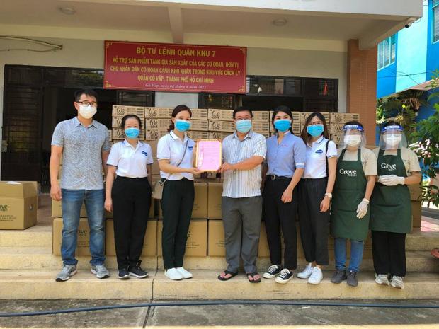 Vua bánh mỳ Thanh Long Kao Siêu Lực gửi tấm lòng vào tâm dịch - Ảnh 6.