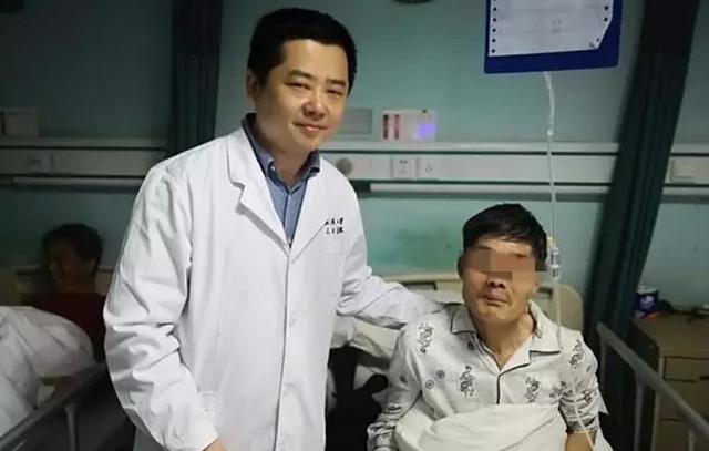 Người đàn ông bị suy gan, suýt mất mạng chỉ vì uống thuốc bổ, bác sĩ cảnh báo 3 cách tưởng dưỡng gan nhưng lại có hại  - Ảnh 1.