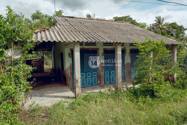 Trực tiếp đến Tiền Giang: Đau lòng khi thấy nhà Hồ Văn Cường bị bỏ hoang, hàng xóm kể lâu rồi không thấy bố mẹ ruột và Phi Nhung về thăm - Ảnh 6.