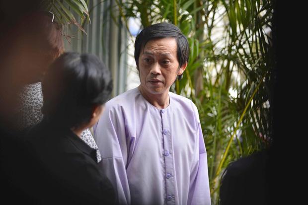 """Hoá ra Hoài Linh từng xây nhà thờ rộng lớn ở Quảng Nam, hàng xóm ở đây """"bóc"""" con người nam NS ngoài đời ra sao? - Ảnh 3."""