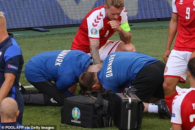 Người hùng thầm lặng giúp đồng đội Eriksen bị đột quỵ trên sân thoát án tử, chiếm trọn trái tim triệu khán giả - Ảnh 3.