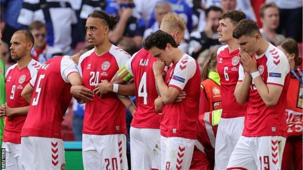 Nóng: Huyền thoại Đan Mạch tố UEFA dọa xử thua 0-3 nếu không kết thúc trận đấu sau khi Eriksen gục ngã - Ảnh 4.