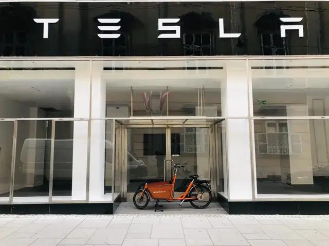 Chủ sở hữu xe điện Tesla ở Trung Quốc: Nó từng là niềm kiêu hãnh, nhưng bây giờ chỉ mang tới sự khinh thường - Ảnh 3.