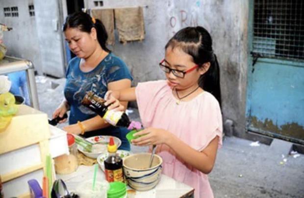 Phương Mỹ Chi: Cô bé sống ở nhà cấp 4 cùng gia đình 14 người, hát đám ma giá 100 nghìn đến sao nhí đổi đời sau giải tiền tỷ - Ảnh 3.