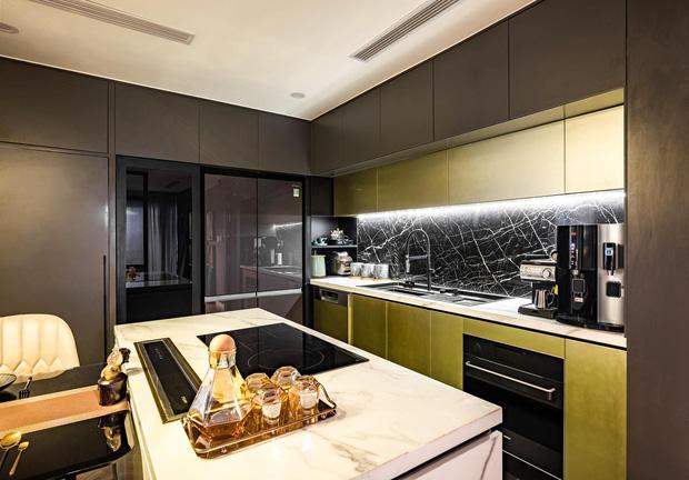 Căn hộ đập thông 140m2 thiết kế nội thất hiện đại, ấm cúng và hợp phong thủy: KTS khuyên cần chú ý điều này khi tân trang lại nội thất, nhà cửa  - Ảnh 5.