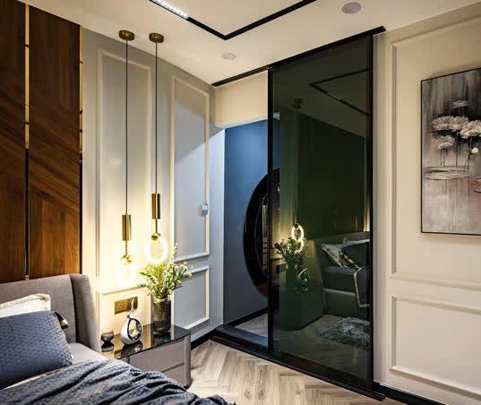 Căn hộ đập thông 140m2 thiết kế nội thất hiện đại, ấm cúng và hợp phong thủy: KTS khuyên cần chú ý điều này khi tân trang lại nội thất, nhà cửa  - Ảnh 10.