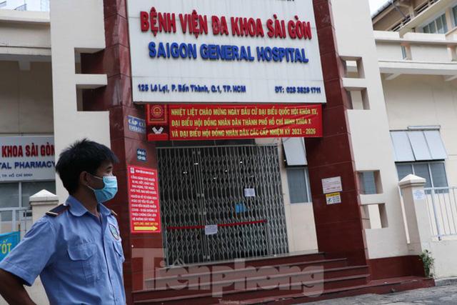 Bệnh viện đa khoa Sài Gòn tạm ngưng nhận bệnh nhân vì 5 ca F0 đến khám trong ngày  - Ảnh 4.