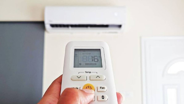 Nắng nóng kéo dài, bật điều hòa 16 độ chẳng giúp bạn mát hơn mà khiến máy nhanh hỏng, hóa đơn tiền điện cũng tăng vọt  - Ảnh 1.