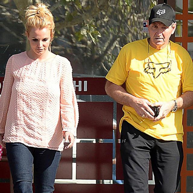 Quyền giám hộ do tòa chỉ định là gì mà có thể khiến Britney Spears 13 năm sống như nô lệ?  - Ảnh 1.