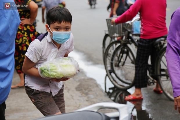 Chuyện cái tủ lạnh thấy thương bỗng xuất hiện giữa Sài Gòn: Nếu người dân có ý thức hơn thì tốt quá - Ảnh 14.