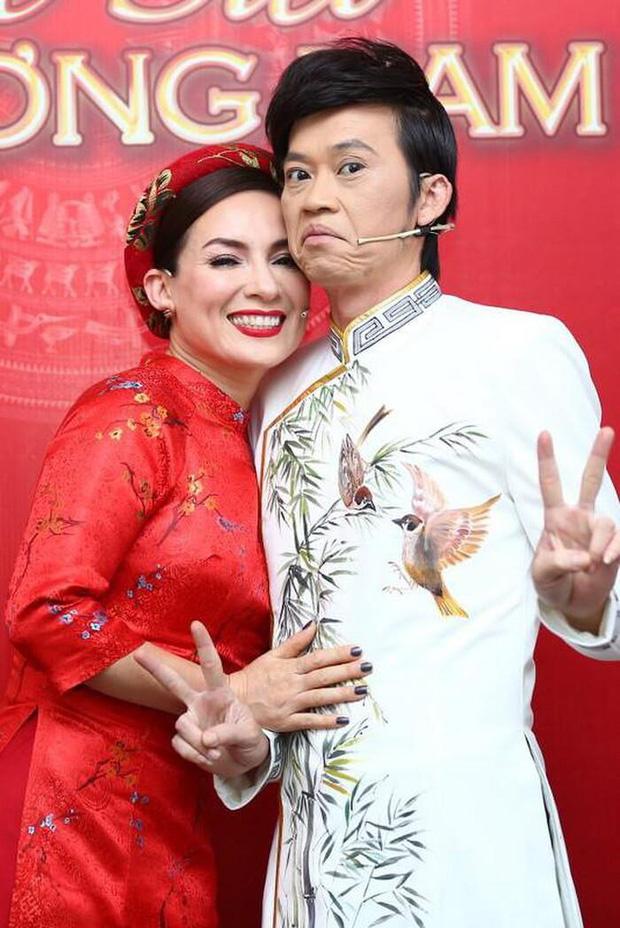 NS Hoài Linh từng gọi Phi Nhung là bà tiên vì chăm lo cho các trẻ em mồ côi - Ảnh 2.