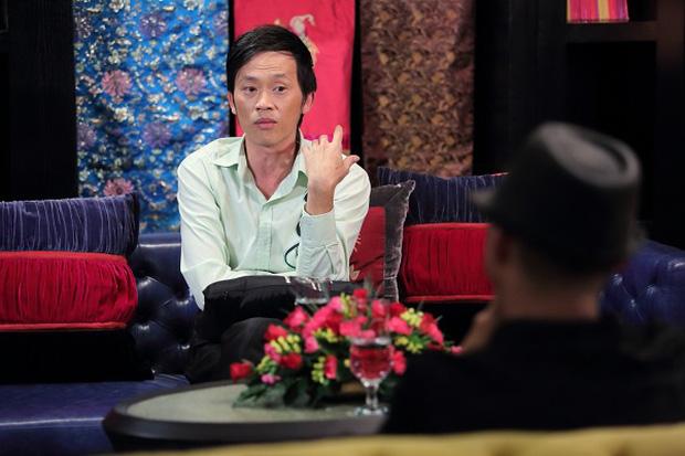 Hoài Linh từng khẳng định: Khán giả đưa mình lên được thì cũng kéo mình xuống được - Ảnh 2.