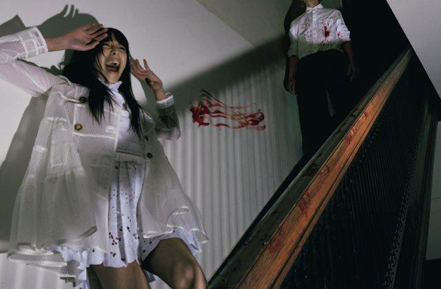 Bộ ảnh dàn cảnh cướp giật ở Sài Gòn của một thương hiệu thời trang gây tranh cãi: Đỉnh cao sáng tạo content hay phản cảm? - Ảnh 5.