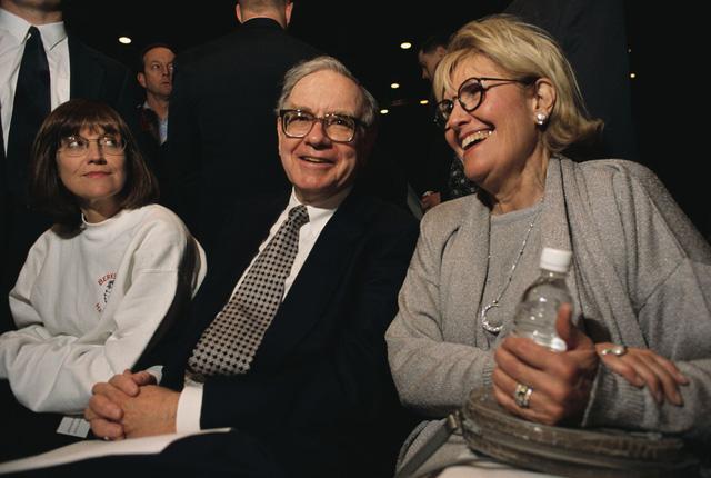10 điều bất ngờ về Warren Buffett: Bị Harvard từ chối, bố vợ chê sẽ thất bại  - Ảnh 6.