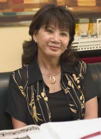 Phùng Kim Vy: Nữ Việt kiều Canada tiên phong hồi hương đầu tư, biến Mũi Né từ bãi biển hoang sơ thành khu du lịch nghỉ dưỡng tầm quốc tế - Ảnh 1.