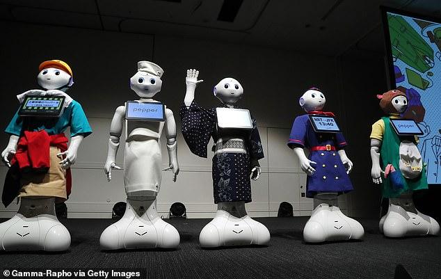 Từng lấy hàng loạt công việc của con người, giờ đây robot này liên tục bị sa thải vì khách hàng cần... con người - Ảnh 4.
