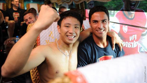 Nam sinh 8 năm trước chạy 8km theo đội bóng Arsenal quanh bờ Hồ: Mời mức lương 100 triệu/tháng nhưng từ chối, cuộc đời thay đổi ngoạn mục! - Ảnh 2.