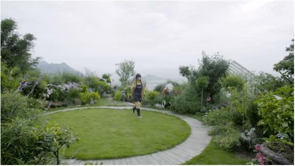 Người phụ nữ bỏ phố về quê để làm vườn hoa 1.500m2 tuyệt đẹp, ngày cao điểm hút 3.000 người đến thăm: Nửa đời người về sau, hãy dành cho chính mình  - Ảnh 18.