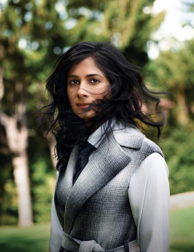 'Làn gió mới' xinh đẹp trở thành nữ kinh tế trưởng đầu tiên của IMF  - Ảnh 1.