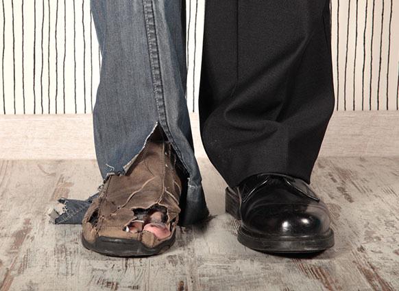 Hội chứng Người giàu khốn khổ: Tại sao người giàu vẫn làm việc quần quật và luôn cảm thấy thiếu tiền, thậm chí có xu hướng trốn thuế, ăn trộm mà chẳng bao giờ thực sự hạnh phúc? - Ảnh 3.