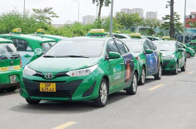 200 taxi hỗ trợ người dân Hà Nội khi giãn cách hoạt động thế nào?  - Ảnh 3.