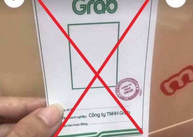 TP.HCM: CSGT phát hiện 1 shipper mua 5 thẻ Grab giả để đi lại trong 5 quận, huyện - Ảnh 2.