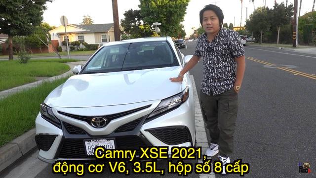 Không phải siêu xe, Khoa Pug chạy 160km/h và bị phạt với Toyota Camry mà nhiều người Việt muốn mua cũng khó - Ảnh 1.
