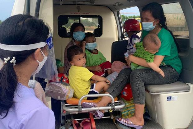 Hành trình 1400 km chạy xe máy từ miền Nam về quê của những người lao động nghèo tha hương - Ảnh 19.
