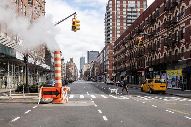 Delta khiến ca nhiễm Covid lan rộng, người New York đối diện với cơn ác mộng chết chóc của năm 2020 - Ảnh 3.