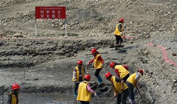 Bài đồng dao 400 tuổi dẫn đường đến kho báu đại gia thời nhà Minh, đoàn khảo cổ kinh ngạc: Vàng bạc chất đống dưới đáy sông! - Ảnh 1.