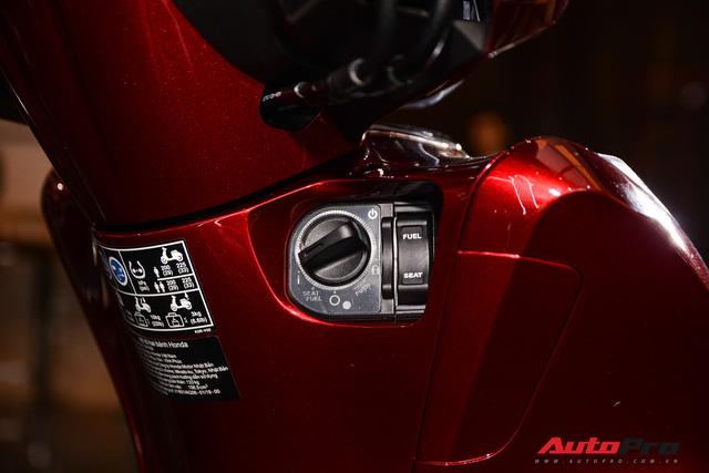 Chênh giá chát nhất tại đại lý, vì sao Honda SH vẫn bán chạy, thậm chí cháy hàng? - Ảnh 4.