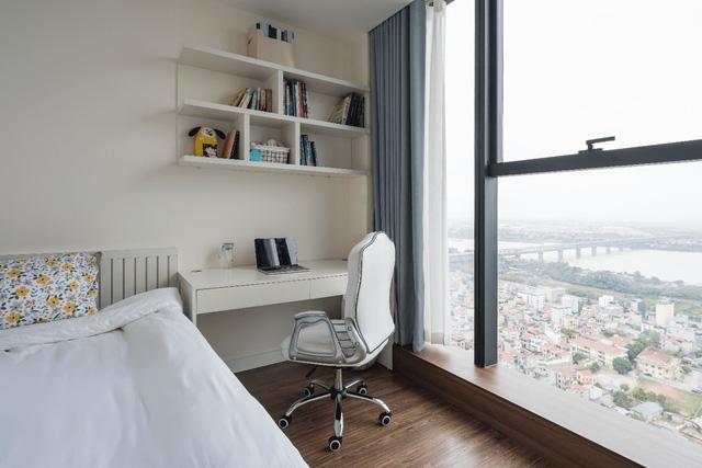 Khám phá căn hộ duplex sở hữu tầm view bao trọn sông Hồng trong khu nhà giàu bậc nhất Hà Nội  - Ảnh 8.