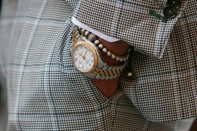 Vì sao Rolex mặc định là đồng hồ xa xỉ và rất khó để mua? - Ảnh 1.