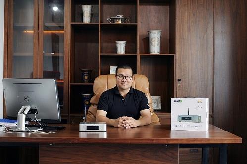 Chân dung nhà sáng lập startup bán bộ cờ vua 40 triệu đồng, không biết định giá: Có công ty bán thiết bị karaoke, nghề tay trái là MC của kênh QPVN - Ảnh 2.