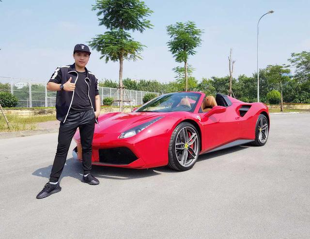 Những lần mua xe của NTN – Youtuber cá nhân đạt nút kim cương đầu tiên Việt Nam: 2 lần mua siêu xe lừa CĐM, thực tế chạy Mẹc và Ducati - Ảnh 2.