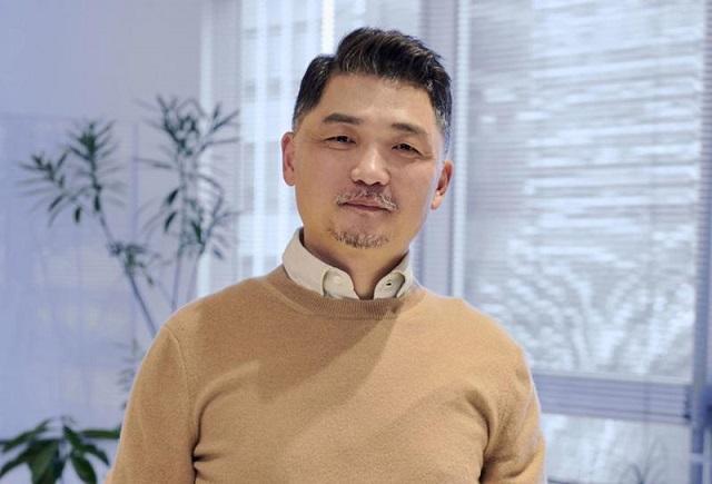 Bị điều tra chống độc quyền, ông chủ Kakao mất ngôi giàu nhất Hàn Quốc - Ảnh 1.