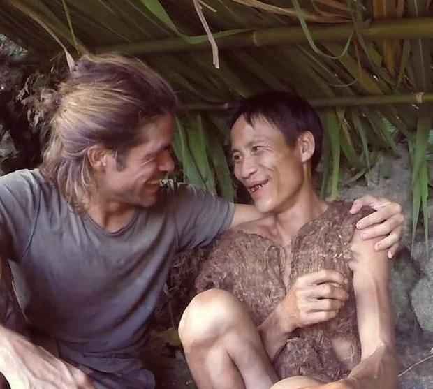 """Báo quốc tế đồng loạt đưa tin về sự ra đi của """"Người rừng Việt Nam"""" Hồ Văn Lang: Nhà thám hiểm nước ngoài nghẹn ngào tiếc thương - Ảnh 3."""