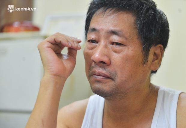 Người cha bật khóc vì không thể mua điện thoại cho con học online bị dân mạng tố nhà giàu: Hoàn cảnh thực sự thế nào? - Ảnh 5.