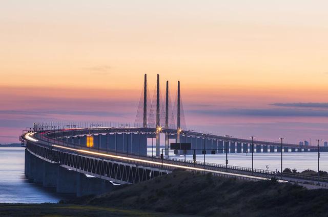 Từ các dự án xây cầu ở Mỹ, Thuỵ Điển, Trung Quốc đến cầu 8.900 tỷ đồng nối quận Hoàn Kiếm với Long Biên: Tác động kinh tế mang lại là gì?  - Ảnh 4.