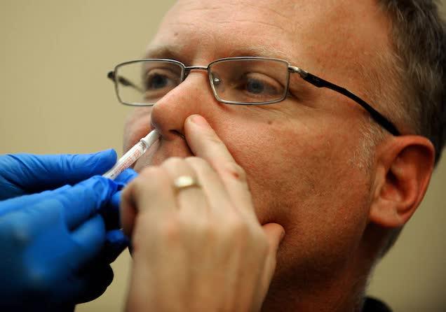 Hàng loạt vaccine ngừa Covid-19 dạng hít, uống đang được phát triển sau khi Moderna tăng trưởng 1.450%, phải chăng cuộc cách mạng ngành dược đang tới? - Ảnh 2.